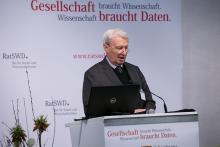 8. KSWD Prof. Dr. Richard Hauser - Laudatio